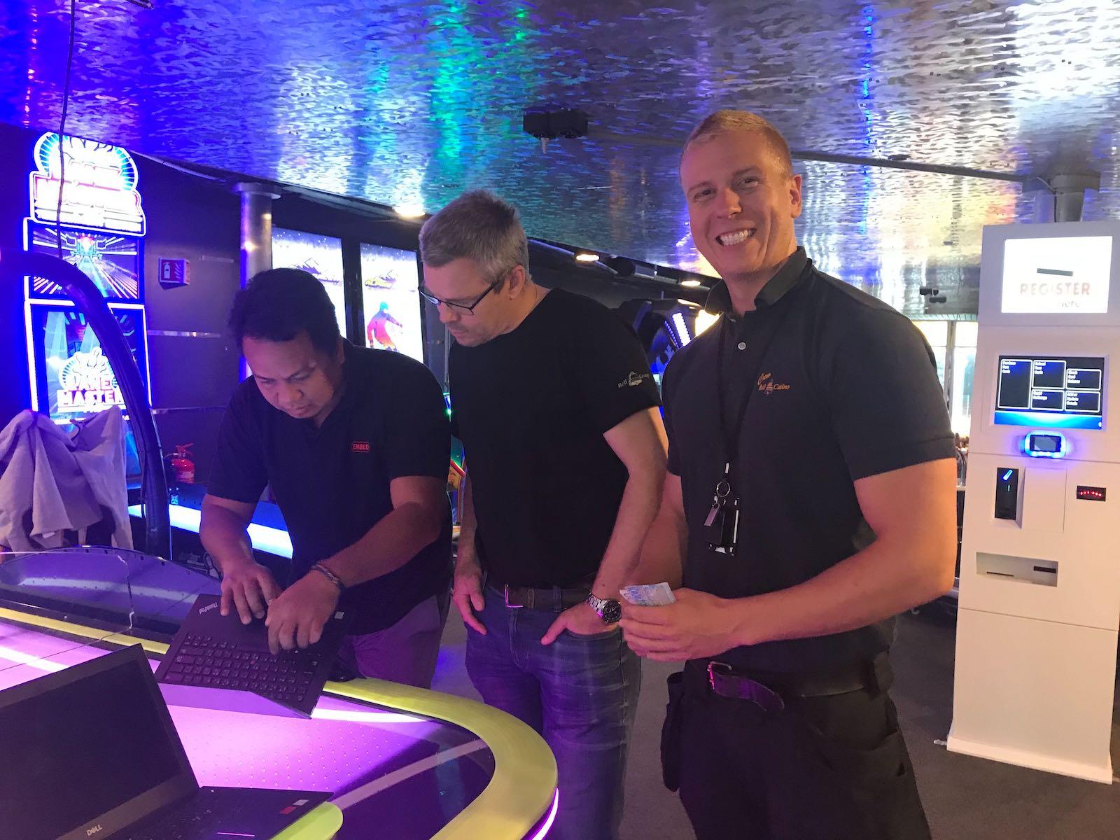 Embed mengumumkan mitra baru, Bell Casino AB